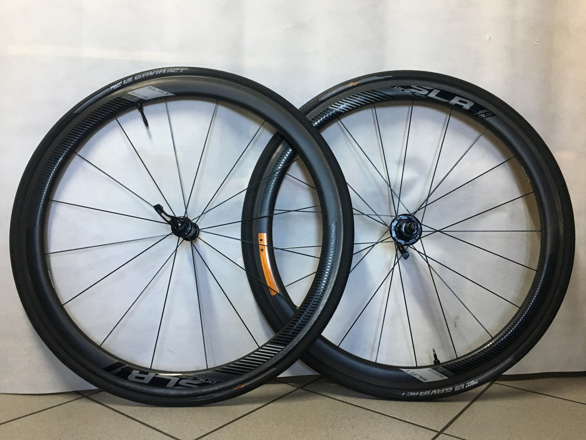 RUOTE GIANT SRL 1 CARBON H.42 TUBELESS
